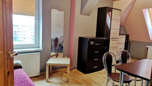 Do wynajęcia mieszkanie 48 m2 dwa pokoje z kuchnią przy Hubskiej dzielnica Krzyki