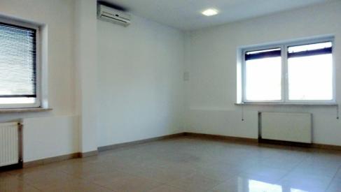 Do wynajęcia biuro z klimatyzacją 28 m2 okolice Robotniczej dzielnica Fabryczna