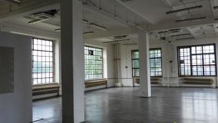 Do wynajęcia lokal w industrialnym stylu 175.42 m2 na biuro, usługi, również na cichą produkcję przy Placu Orląt Lwowskich dzielnica Stare Miasto