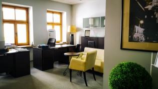 Do wynajęcia 57 m2 dwa pokoje przy Ruskiej 23 dzielnica Stare Miasto oferta bez prowizji dla biura nieruchomości