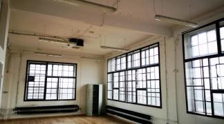 Do wynajęcia biuro w industrialnym stylu 175 m2 przy Placu Orląt Lwowskich dzielnica Stare Miasto oferta bez prowizji dla biura nieruchomości