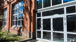 Do wynajecia lokal usługowo biurowy 233 m2 okolice Robotniczej dzielnica Fabryczna oferta bez prowizji dla biura nieruchomości