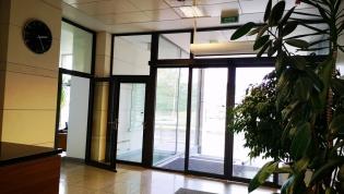 Do wynajęcia klimatyzowane biuro 61 m2 przy Legnickiej dzielnica Fabryczna bez prowizji dla biura nieruchomości