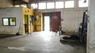 Do wynajecia magazyn z rampą 240 m2 przy Swojczyckiej na granicy dzielnicy Śródmieście i Swojczyce